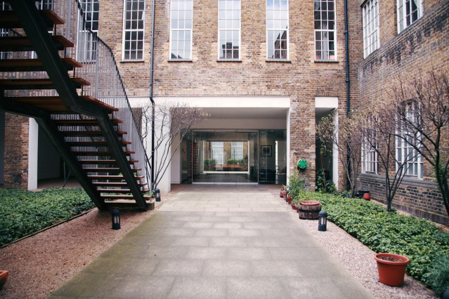 Luxury Duplex 2.5 Bedroom Penthouse in Central London