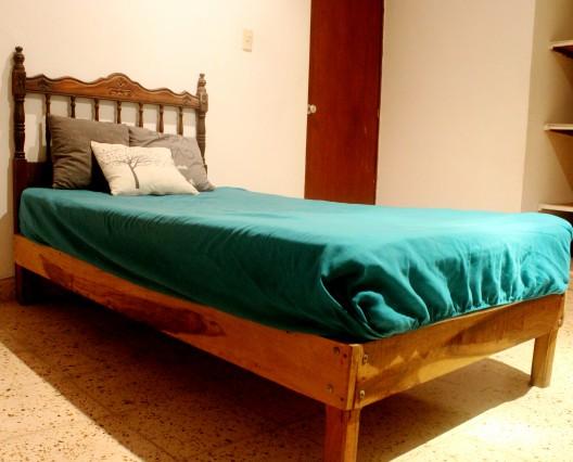Alquiler habitaci n en casa familiar casa de familia en for Alquiler de habitacion en hotel familiar