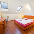 Cozy Room with private Bath, Breakfast and free Wi-Fi in the City center of Prague in Prague 8552