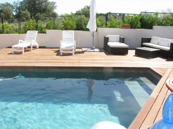 Montpellier new home with pool