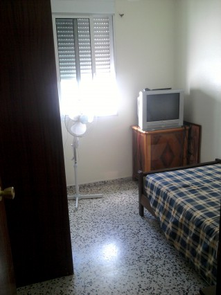 Room in Sevilla center