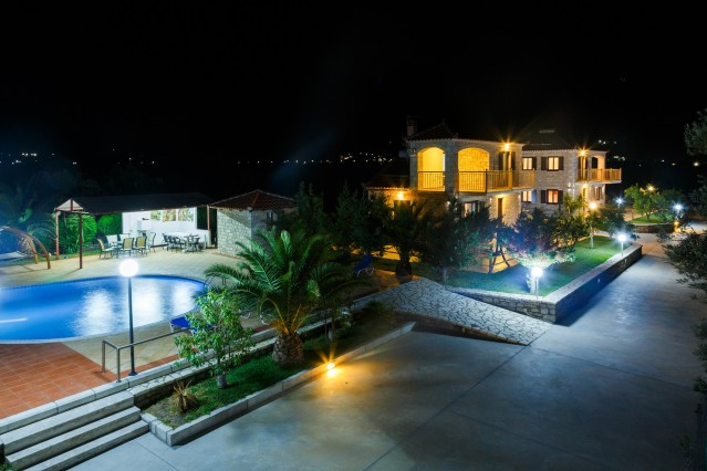 Glyfada Villas || - Villa to rent in Arcadia