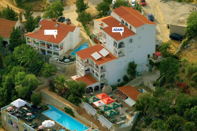 Summer in Croatia island Pag Novalja POTOCNICA Croatia. Apartments with a swimming pool with wonderful sea views.