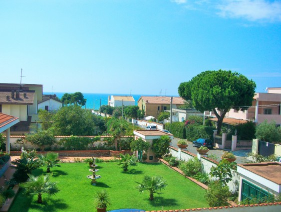 B&B IN ANZIO - BEACH plus ETERNAL ROME