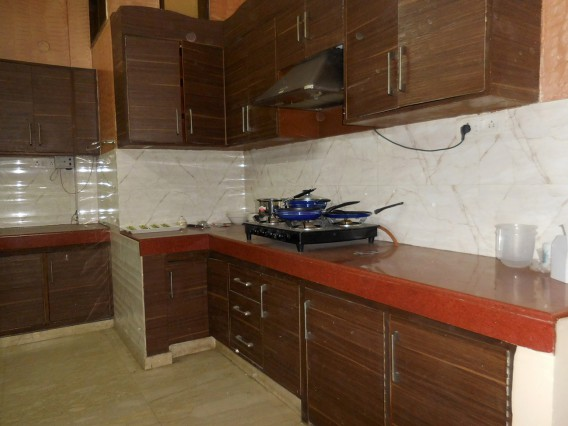 Fully Furnished Shared Accommodation In Malviya Nagar, South Delhi