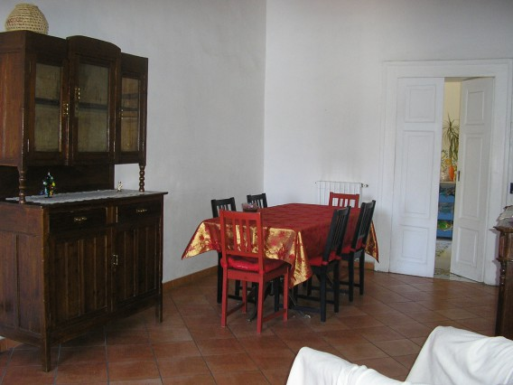 NAPOLI CENTRO ROOMS FOR RENT