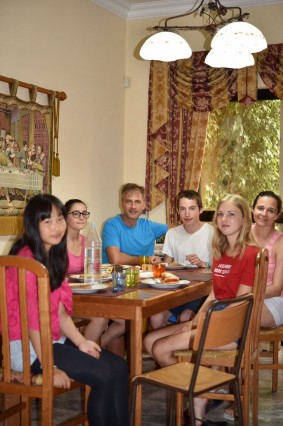 English Language Home stay in Teacher's home, Full-board accommodation, 10 hours of one-to-one lessons, cultural outings are all included in the price!