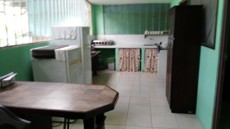 Mix dorm with shared bathroom in Guesthouse