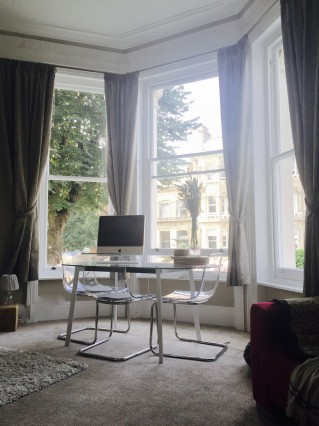 Amazing Central Brighton Location with Double room in a beautiful garden apartment