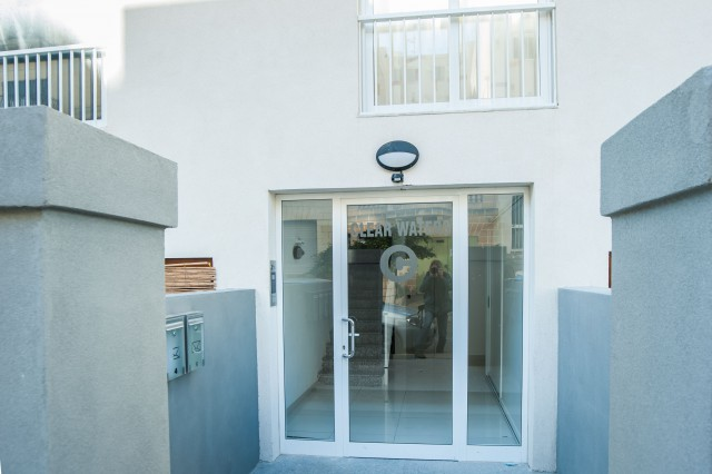 Sunshine Holiday Apartment (new self catering apartment)